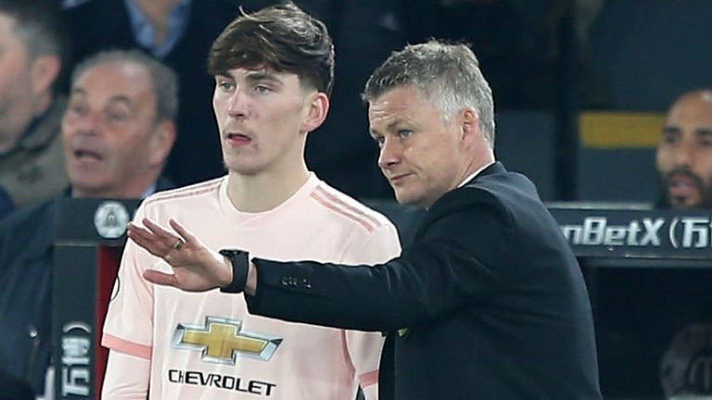 Младият полузащитник на Манчестър Юнайтед Джеймс Гарнър подписа нов дългосрочен договор с клуба
